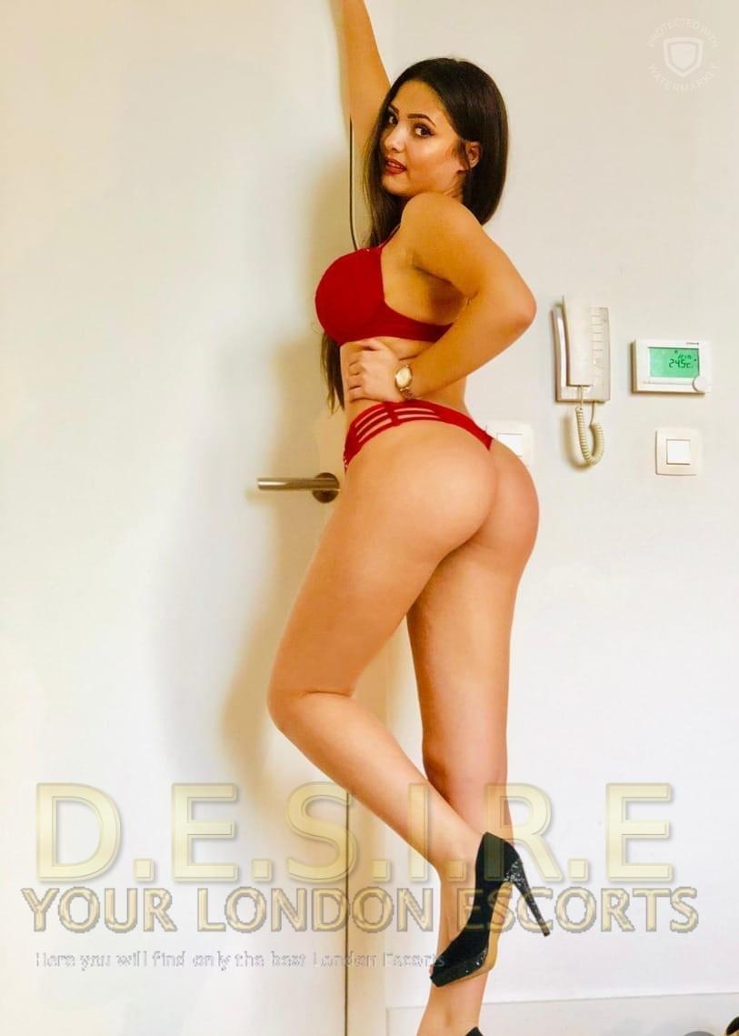 Roxy - Desire Escorts Agency