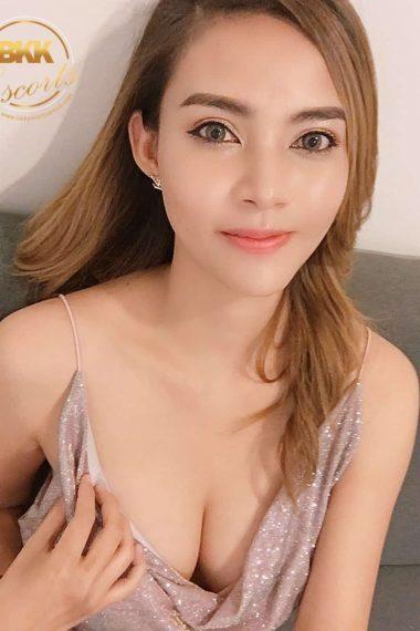 Bangkok Escort Model