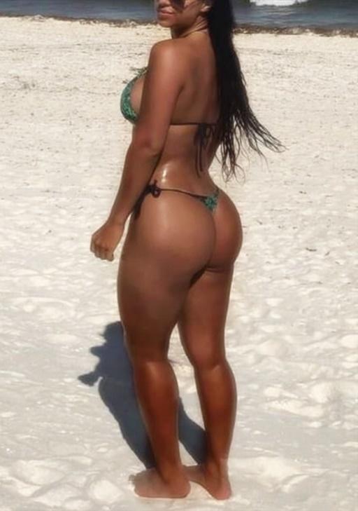 Adriana Victoria