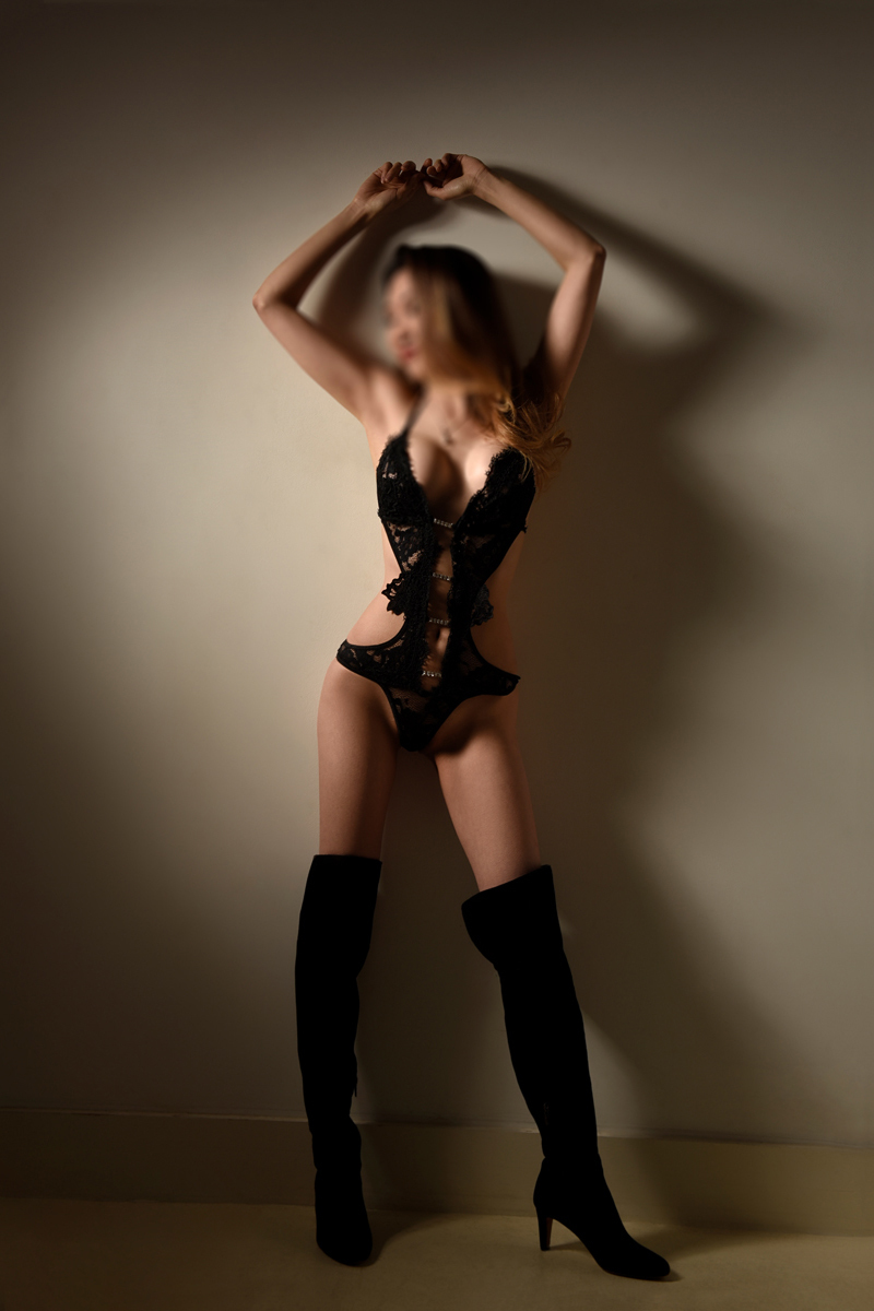 Celina - Independent Escort